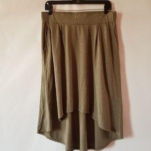 NWT Michael Stars camo high low cotton skirt.